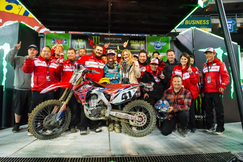 Canard Victorious at Oakland Supercross