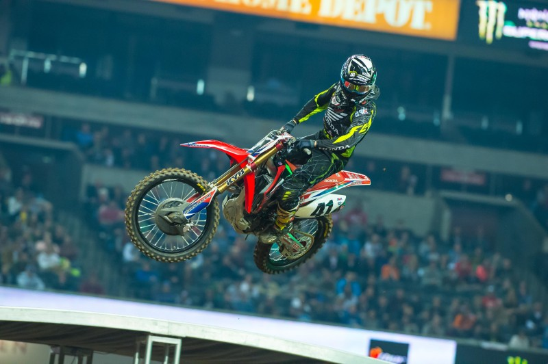 Canard Advances to Second in Championship Hunt