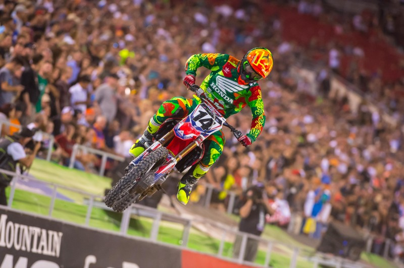 Seely Closes Out AMA Supercross Season with Rookie of the Year Honors
