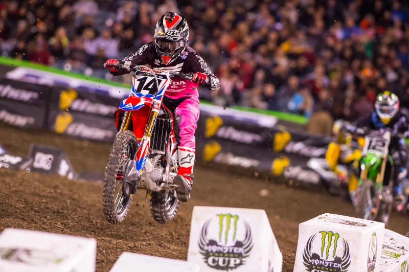 Seely Salvages Sixth at Anaheim 2 Supercross