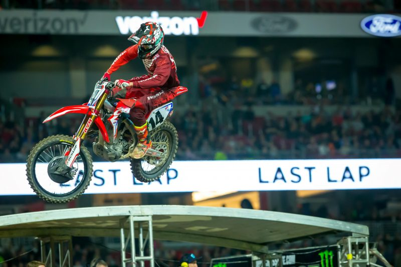 Seely Finishes Fourth in Glendale