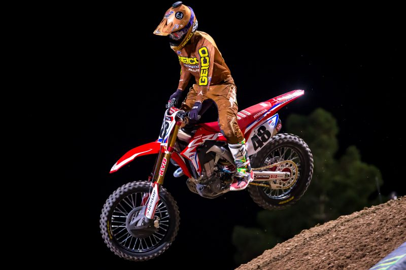 Team Honda HRC Concludes AMA Supercross Season in Las Vegas