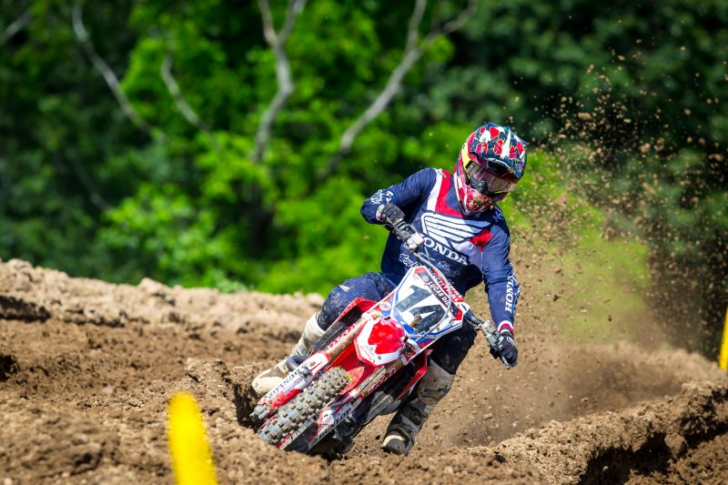 Seely Tenth at High Point National