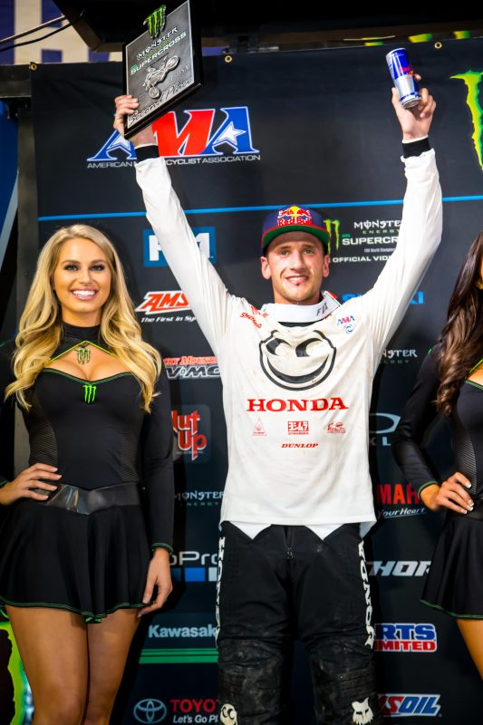 Thrilling Second-Place Finish for Roczen at Oakland