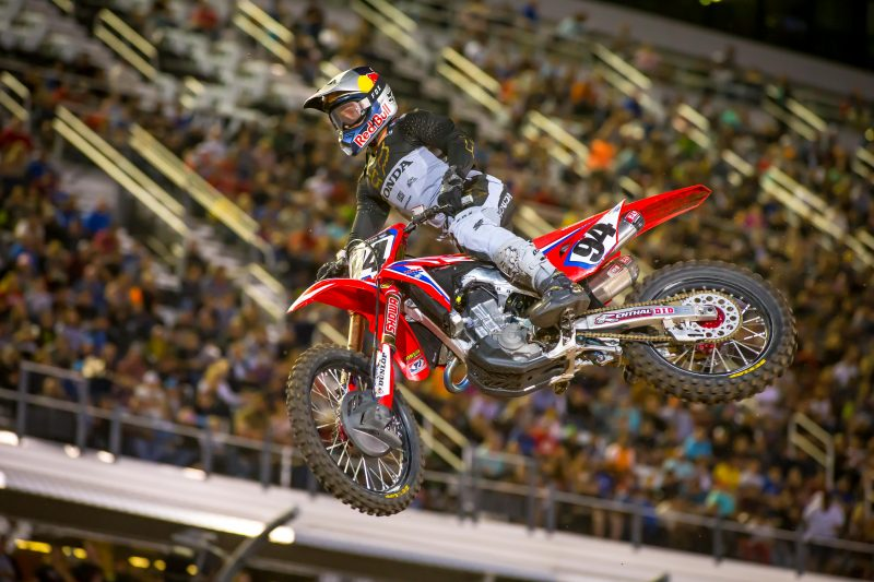 Challenging Night for Team Honda HRC at Daytona Supercross