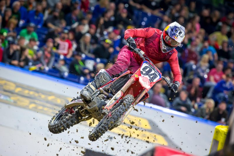 Challenging Night for Team Honda HRC at Indianapolis Supercross