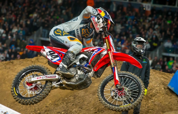 Roczen Seventh at Inaugural Denver Supercross