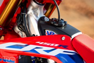 20 Team Honda HRC 32