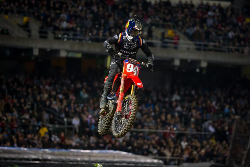 Roczen Battles to Podium Finish in Oakland, Brayton Salvages 13th